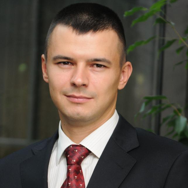 Артем Босов, директор по продажам и маркетингу ГК «Ленстройтрест»